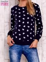 Granatowa bluza z nadrukiem serduszek                                  zdj.                                  1