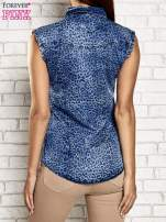 Granatowa denimowa koszula z motywem panterki
