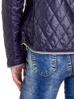 Granatowa pikowana kurtka typu husky