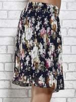 Granatowa plisowana spódnica w kwiaty                                  zdj.                                  6