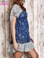 Granatowa sukienka baby doll w kwiatki                                  zdj.                                  3