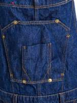 Granatowe ogrodniczki jeansowe z kieszeniami                                  zdj.                                  12