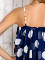 Granatowy top w grochy na cienkich biżuteryjnych ramiączkach                                  zdj.                                  5
