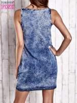 Jasnoniebieska jeansowa sukienka z motywem panterki                                                                          zdj.                                                                         4