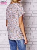 Jasnoróżowa koszula w geometryczne wzory                                                                          zdj.                                                                         4