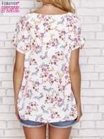 Jasnoróżowa koszula w kwiaty ze złotą lamówką                                  zdj.                                  4