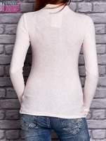 Jasnoróżowa prążkowana bluzka z półgolfem                                  zdj.                                  4