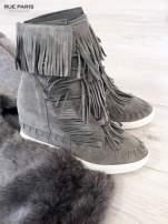 Jasnoszare zamszowe sneakersy Aravia z frędzelkami na koturnach                                  zdj.                                  1