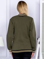 Khaki bluza bomberka z naszywką litery                                  zdj.                                  2