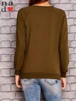 Khaki bluza z nadrukiem moro                                  zdj.                                  3