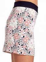 Kwiatowa spódnica mini z gumą w pasie                                  zdj.                                  5