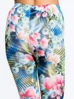 Kwiatowe legginsy z motywem floral print                                                                          zdj.                                                                         7