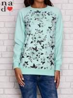Miętowa bluza z kwiatowym nadrukiem                                  zdj.                                  1