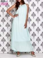 Miętowa sukienka maxi z wiązaniem przy dekolcie