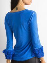 Niebieska bluzka z koronkowymi rękawami                                  zdj.                                  2