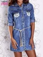 Niebieska dekatyzowana sukienka jeansowa z wiązaniem w pasie                                  zdj.                                  1