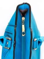 Niebieska torba ze złotymi wykończeniami                                  zdj.                                  6