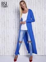 Niebieski gładki sweter z otwartym dekoltem                                  zdj.                                  4