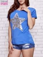 Niebieski t-shirt z gwiazdą z cekinów                                  zdj.                                  3