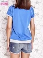 Niebieski t-shirt z kokardą