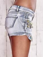 Niebieskie szorty jeansowe z dżetami                                                                          zdj.                                                                         5