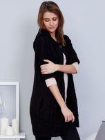 Otwarty sweter z warkoczowym wzorem i kapturem czarny                                  zdj.                                  5