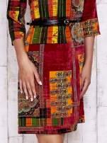 Pomarańczowa sukienka w kolorowe etniczne wzory                                  zdj.                                  5