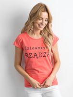 Pomarańczowy t-shirt damski z napisem                                  zdj.                                  3