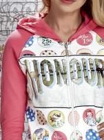 Różowa bluza z kapturem i napisem HONOUR                                  zdj.                                  6