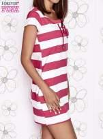 Różowa sukienka w paski ze sznurowanym dekoltem                                  zdj.                                  4