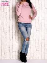 Różowy sweter z szerokim golfem                                                                          zdj.                                                                         2