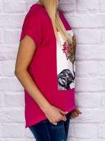 Różowy t-shirt z malarskim nadrukiem                                  zdj.                                  3