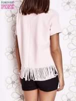 Różowy t-shirt z nadrukiem i frędzlami