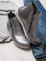 Srebrne cieniowane botki na białej podeszwie                                  zdj.                                  2