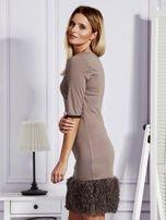 Sukienka damska z wykończeniem fluffy jasnobrązowa                                  zdj.                                  5
