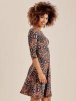 Sukienka w geometryczne wzory                                  zdj.                                  2