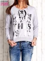 Szara bluza ze srebrnym napisem