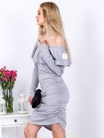 Szara marszczona sukienka z dekoltem carmen                                  zdj.                                  5