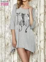 Szara sukienka damska z nadrukiem kotów                                  zdj.                                  1