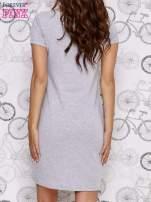 Szara sukienka dresowa ze srebrnym printem drzewa                                  zdj.                                  3