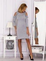Szara sukienka z wycięciami na ramionach                                  zdj.                                  4