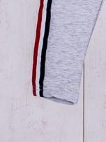 Szare spodnie dresowe dla dziewczynki z taśmą tricolor                                  zdj.                                  5