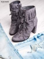 Szare sznurowane botki faux suede Miley z frędzelkami                                  zdj.                                  1