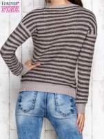 Szaro-zielony sweter w paski                                  zdj.                                  2