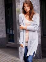 Szary długi puszysty sweter                                                                          zdj.                                                                         1