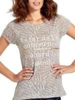 Szary półtransparentny t-shirt z napisem                                  zdj.                                  5