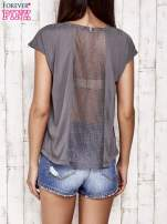 Szary t-shirt z napisem ELEGANCE                                  zdj.                                  4