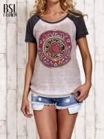 Szary t-shirt z różą efekt acid wash                                  zdj.                                  1