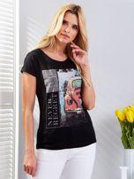 T-shirt czarny z motywem samochodu                                  zdj.                                  1