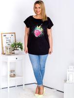 T-shirt czarny z truskawką PLUS SIZE                                  zdj.                                  4